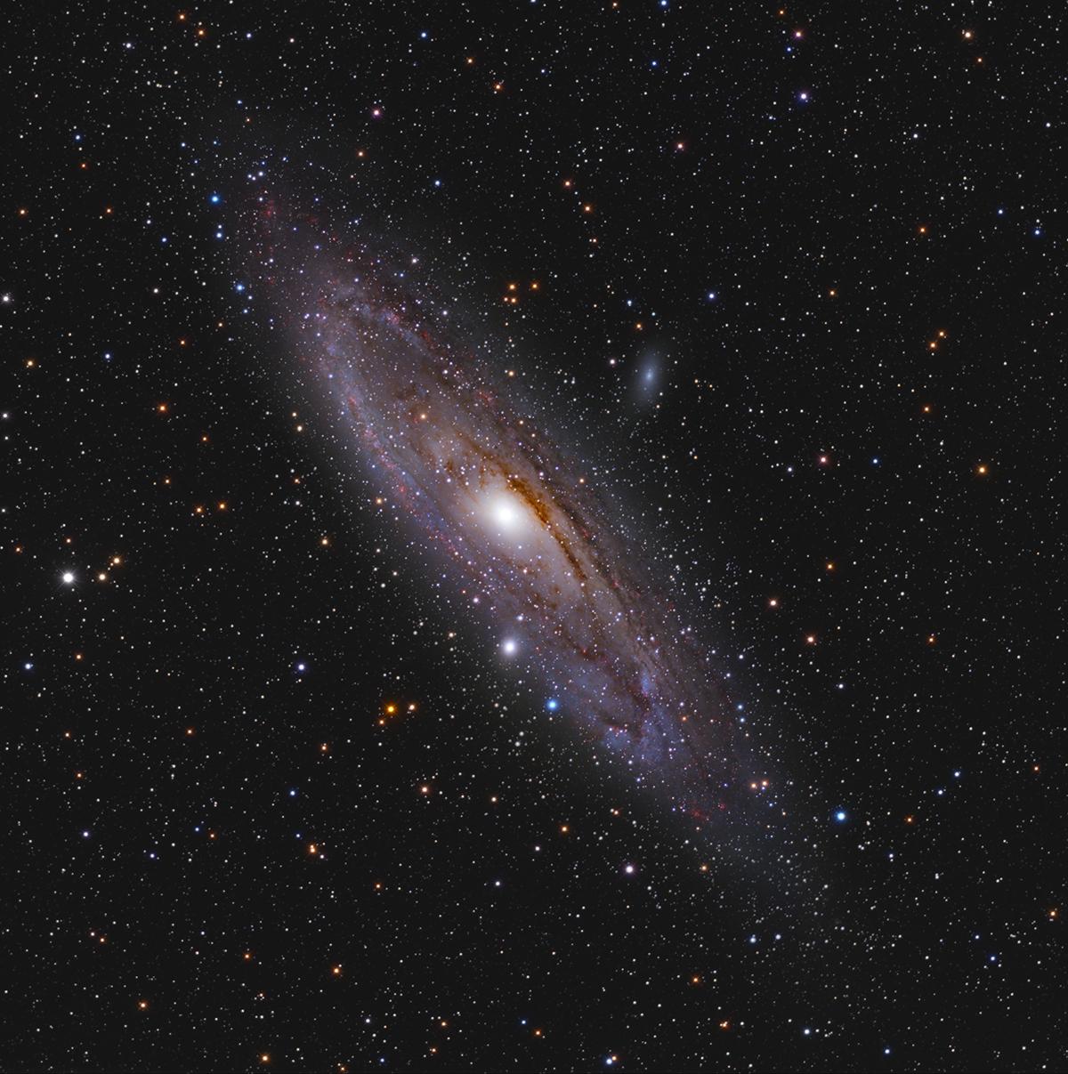 M31 -La galaxie d'Andromède en HaLRVB M31_HaLRVB_finale_reduit
